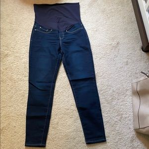 Levi's skinny ankle maternity jeans